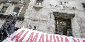 almaviva fallito l'incontro al ministero sede di roma verso la chiusura